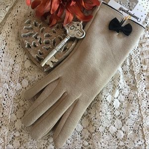 NWT Texting Gloves